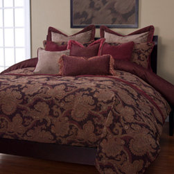 Siscovers - Bordeaux Brown and Tan Six Piece Queen Duvet Set - - Set Includes: Duvet - 94x98, Two Queen Shams - 30x20, One Decorative Pillow - 16x16, One Decorative Pillow - 26x14  - Workmanship and materials for the life of the product. SIScovers cannot be responsible for normal fabric wear, sun damage, or damage caused by misuse  - Reversible Duvet and Shams  - Care Instructions: Machine Wash  - Made in USA of Fabric made in China Siscovers - BORD-XDUQN6