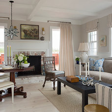 Traditional Living Room by Shor Home