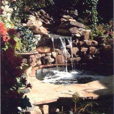 Contemporary Pool by Botanica Atlanta | Landscape Design-Build-Maintain