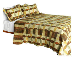 Blancho Bedding - [Memories Off] 3PC Vermicelli-Quilted Striped Patchwork Quilt Set (Full/Queen) - Set includes a quilt and two quilted shams (one in twin set). Shell and fill are 100% cotton. For convenience, all bedding components are machine washable on cold in the gentle cycle and can be dried on low heat and will last you years. Intricate vermicelli quilting provides a rich surface texture. This vermicelli-quilted quilt set will refresh your bedroom decor instantly, create a cozy and inviting atmosphere and is sure to transform the look of your bedroom or guest room. Dimensions: Full/Queen quilt: 90 inches x 98 inches  Standard sham: 20 inches x 26 inches.