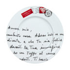 Konitz - Amore Mio S/4 Plates - Scrawled with sweet nothings in Italian and stamped with love, these sweet plates are straight out of your daydreams. Perfect for serving lunch with a little side of romance.