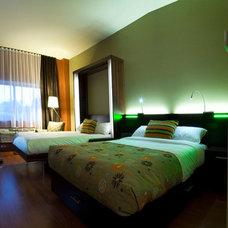 Modern Beds by Dayoris Custom Woodwork