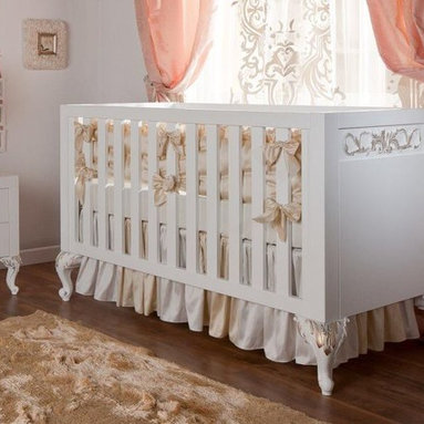 FLORENCE Collection - This is our Exclusive line. Florence baby setting.