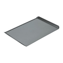 Chicago Metallic - Chicago Metallic Non-Stick Small Cookie Sheet - Better baking just came your way! Cookies slide off, pastries don't stick and homemade granola cooks evenly with no burned edges. Find your inner baker and bake!