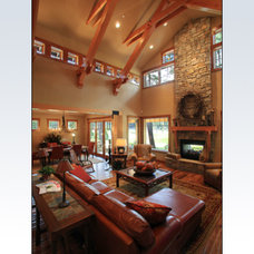 Traditional Living Room by Rubicon Builders