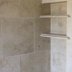 Cerros Redondos - Master Bath, shower
