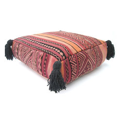 Moroccan Vintage Kilim wool Poufs - VTD