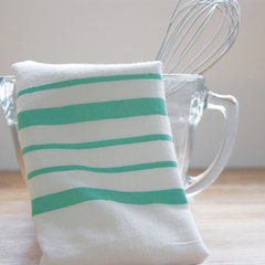 DIY Friday: Painted Dishtowel
