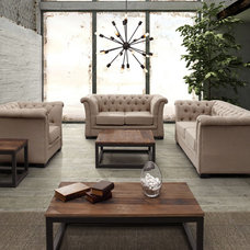 Traditional Sofas by ModernFurnitureCanada.ca