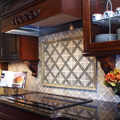 traditional kitchen by Sharon McCormick