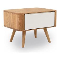 moderne nachttische finden sie nachtschr nke und. Black Bedroom Furniture Sets. Home Design Ideas