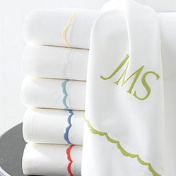 Signature Scalloped Percale Bedding