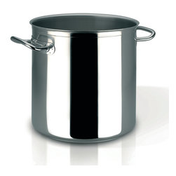 Frieling - Profiserie Stockpot,  52.6 qt. - Commercial grade thick aluminum core sandwiched between 18/10 stainless steel
