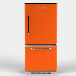 Retropolitan Fridge, Orange - This icebox has adjustable glass shelves and several other conveniences that make life easy. There is even an ice maker option!
