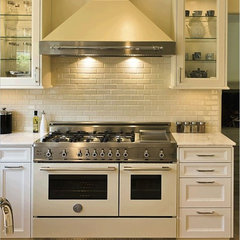 gas ranges and electric ranges by Vintage Tub &amp; Bath