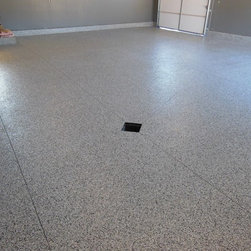 Garage Floor Coating Finished look - First Choice Staff