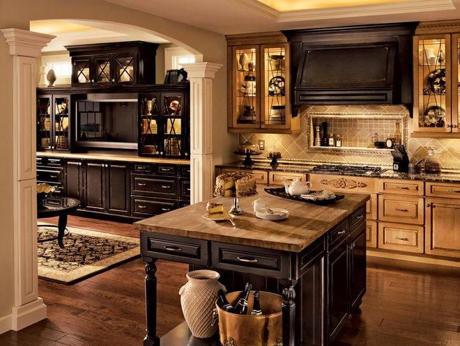 Traditional Kitchen Cabinets by Lily Ann Cabinets