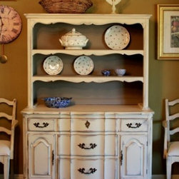 Vintage French Country Dining - Vintage Bernhardt french country china hutch
