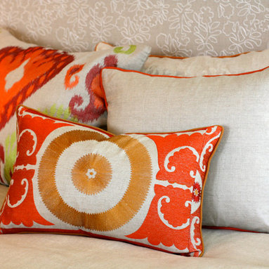 Pillows - Infuse your space with a combination of colors and pattern.Perfect for the bedroom and sofa.