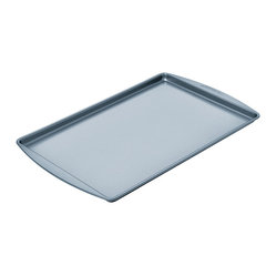 Chicago Metallic Betterbake Nonstick Medium Cookie Pan