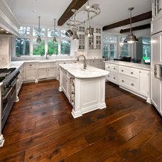 Traditional  by Robert J Erdmann Design, LLC