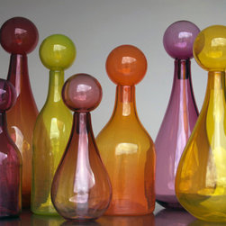 Elizabeth Lyons Glass Warmth Jar Collection - Oh My! If I ever had a wedding registry, I'd just register for one of glass artist Elizabeth Lyons' Jar Collections. The only problem would be choosing which one. I love the contemporary shapes and glass with the hint of groovy throwback style to them.