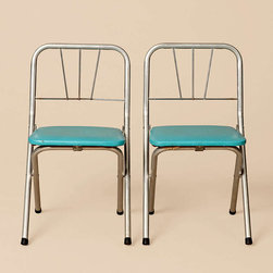 Set Of Small Blue And Aluminum Chairs - This set of vintage aluminum chairs is reminiscent of old diners from the '40s. The pop of blue makes them extra-special.