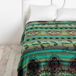 Overprinted Stripe Tapestry - I love the tribal yet modern feel to this cute quilt.