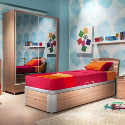 Modern Wood - This elegantly designed bed offers many advantages for small spaces thanks to its compact dimensions. Features aluminum details. The base converts to a guest bed, thanks to the option for opening at either side.