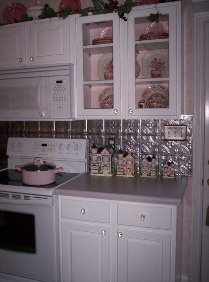 Traditional Kitchen Melissa from My Cottage Charm