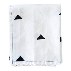 Caroline Z Hurley - Hannah Napkins, Black, Set of 4 - These linen napkins are a great addition to any kitchen. They are great as napkins and are also large enough to be used as a dish towel or even a place mat. All of Caroline's napkins come in a set of four and are individually block printed by hand with non-toxic acrylic ink.