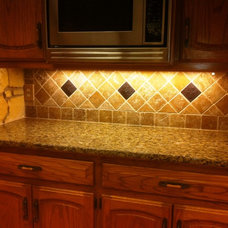 Traditional Kitchen Countertops by Oklahoma Countertops & Flooring