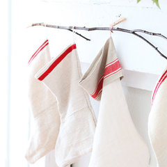 traditional holiday decorations by Dreamy Whites