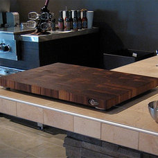 Contemporary Kitchen Countertops by Signature Stéphane Dion