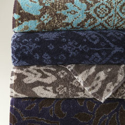Fresco Towels - Fresco Towels Bali Batik Face Cloth - Pre-shrunk, pre-washed, highly absorbent, and exceptionally soft, these towels add artistic color to the bath. Because of the method used for dyeing these towels, you may notice slight variations in shades. Made in the USA of imported, long-staple Turk...