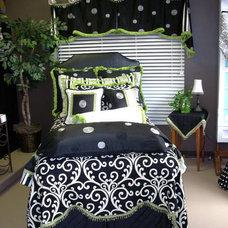 Modern Bedroom by Lady Dianne's Custom Window & Bed Treatments
