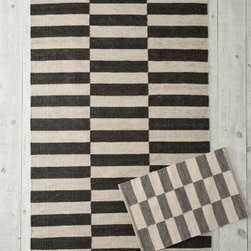 Garnet Hill - Block Stripe Flat-Weave Wool Rug - Heather Gray/White - GRAY/ IVORY 2X3 - A sleeker update to traditional checkerboard-style rugs, and an easy-to-decorate-with alternative to straight-up stripes. Marled yarns lend sweater-like appeal and soften the stark blocks and bold lines of the design. This rug works in many decors from refined to rustic. Handwoven in pure wool. Fully reversible for twice the wear.