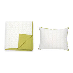 3-Pc. Refreshing Spring Quilt & Sham in Green - Add a brilliant splash of color to your bedroom. Inspired by nature, this hand-crafted quilt and sham set will provide an eye-catching accent for your bedroom. Machine washable and dryable, this set comes complete with a quilt and 2 matching pillow shams with detailed stitching.