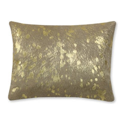 Solid Pillow with Metallic Gold Pillow Cover - A striking mix of earthiness and elegance, this pillow hits the right balance for the lovers of neutrals.
