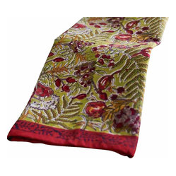"Winter Garden Wreath Tea Towels, Red/Green, 20""x30"""