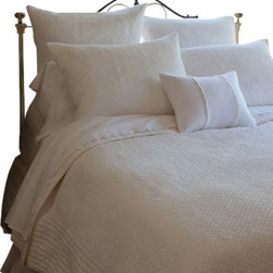 Taylor Linens - Grace Egg-Shell White Full Quilt - This timeless quilt is sweet, supple and soft as a cloud. Hand stitching gives the cotton fabric its noteworthy texture, while ribbed edges provide a stylish drape that always looks good — even if the bed's not made. Whether you mix it with patterns and colors, or go all white, this machine-washable quilt makes a lasting impression.