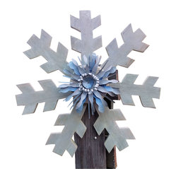 Souvenir Farm - Rustic Snowflake Wreath - Let it snow in style this holiday season when you add this rustic snowflake wreath to your space. Crafted from stained reclaimed barn wood with a pretty blue and white metal center, this festive flake is merry, bright and totally one of a kind (just as every snowflake should be).