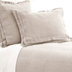 Pine Cone Hill - Pine Cone Hill Pleated Linen Natural Duvet Cover - Subtle SophisticationRelaxed and simple, Pine Cone Hill's Pleated Linen Natural Duvet Cover is the perfect way to give your bedroom a timeless touch. This sophisticated duvet cover is made from natural linen fabric for a truly classic feel. Subtle pleats on the sides are a traditional detail that gives the entire piece an elegant edge. Pair it with fresh whites for an airy, shabby-chic look, or mix it in with bright colors for some casual, contemporary style. Keep it subtle.Hidden-button closureAvailable in three sizes