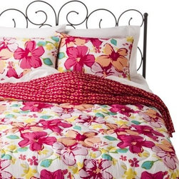Xhilaration Floral Reversible Comforter Set, Full/Queen - If you would rather keep your sheets white, then this floral bedspread set from Target makes the perfect topper. And guess what — when autumn rolls around and the florals seem too summery, you can reverse the spread. Two looks in one.