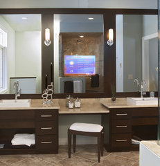 contemporary bathroom by Seura