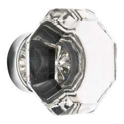 Old Town Faceted Glass Knob - Classic as can be, this faceted glass knob is a go-to in a period feeling kitchen, mixed or used on their own.
