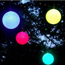 LED Solar Snowball Lights