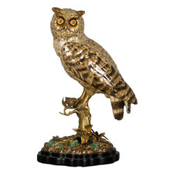 Oriental Danny - Porcelain Owl Bird with Bronze Ormolu - You'll marvel at this magnificent sculpture of an owl perched on a branch. A symbol of wisdom and protection, this statue beautifully captures the strength and quiet nature of the bird.
