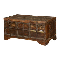 Sierra Living Concepts - Medieval Rustic Reclaimed Wood Standing Storage Trunk Chest - Capture the adventure and romance of pirates and kings with our Medieval Standing Coffee Table Chest.