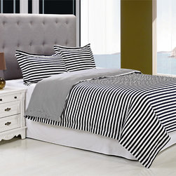 None - Keystone Cotton 300 Thread Count 3-piece Duvet Cover Set - A wide navy blue and white stripe pattern infuses nautical style into this refreshing Keystone duvet cover set. Crafted with a thin stripe reverse,this on-trend bedding set is designed with soft cotton and is fully machine washable.